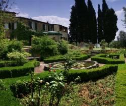 Garten der Villa Sasso Canaldo